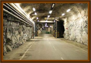 Underground Base Reveals Disk Shaped Craft & Dead Aliens